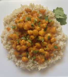 Chickpeas in Turmeric Coconut Sauce